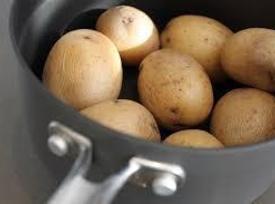 Mom's Potatoe & Sausage Breakfast Casserole Recipe