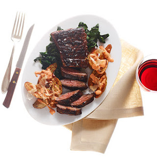 Quick-Marinated Skirt Steak with Sriracha Potatoes and Spinach Recipe