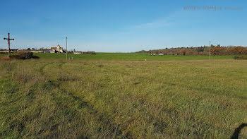 terrain à Savigny-sous-Faye (86)