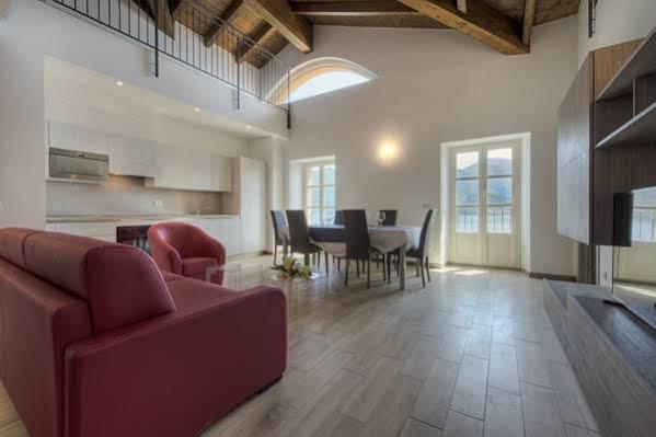 Britannia Luxury Apartments Suite