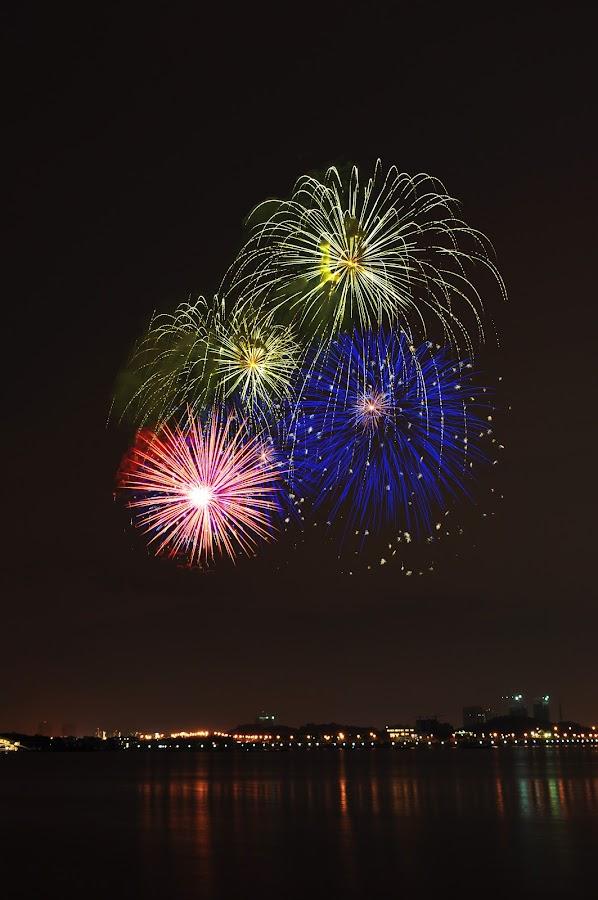 fireworks by Che Nal - News & Events Entertainment