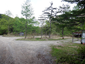 作業小屋を通過