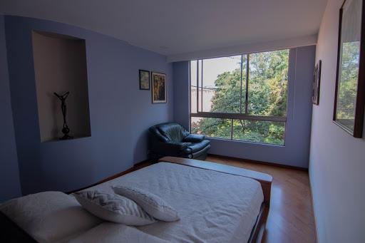 apartamento en arriendo poblado 585-25105