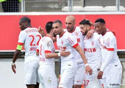 Rode kaart voor Dirar, maar gelukkig helpt Carrasco Monaco aan driepunter