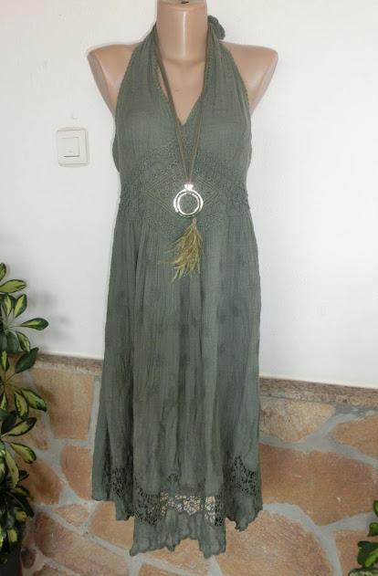 849b9ae63f292a das weiße dient der besseren Ansicht. IBIZA STYLE. Goldiges Neckholder-Kleid