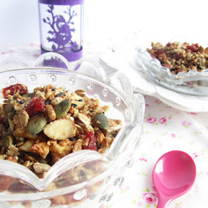 Granola with Quinoa and Maple Syrup