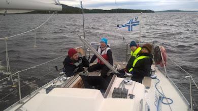 Photo: KSSHP:n tulevat purjehtijat sivutuulessa.
