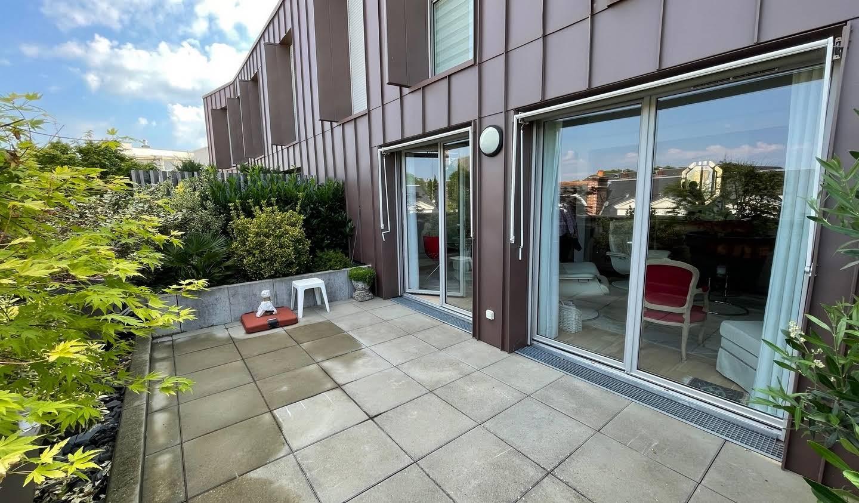 Appartement contemporain avec terrasse Tours