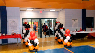 Photo: Balloon Columns Sports Theme