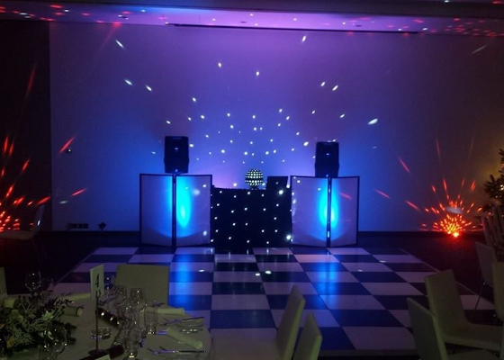 Party DJ For Hire In Hertfordshire | Platinum Disco