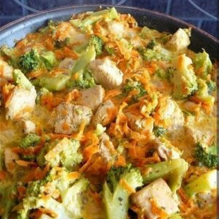 Weight Loss, Fitness. Chicken with broccoli and carrots, stewed in cream.