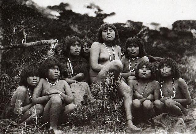 mujeres yamanes en Ushuaia