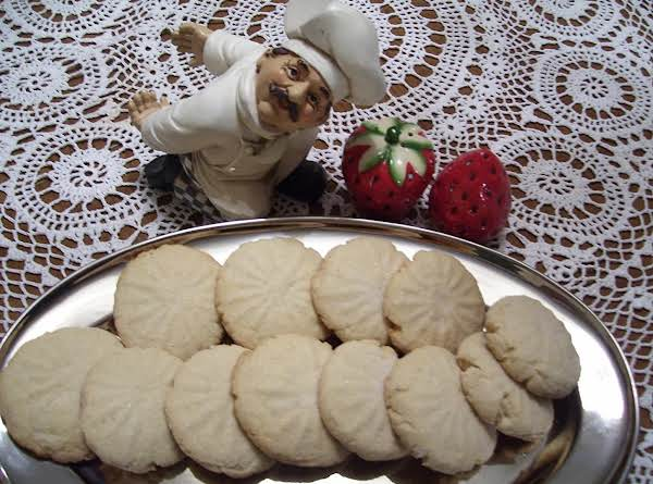 This Butter Cookies Are A Delight To Enjoy.