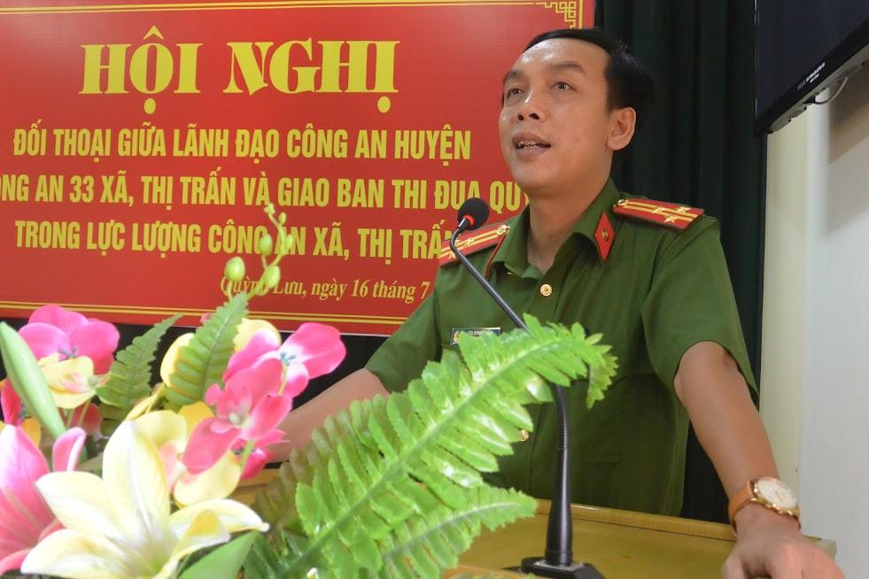 Thượng tá Tạ Đình Tuấn, Trưởng Công an huyện phát biểu khai mạc tại hội nghị