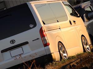 ハイエースバン GDH201V SUPER- GLのカスタム事例画像  箱バン☆200(KDH200V)さんの2019年01月21日23:24の投稿