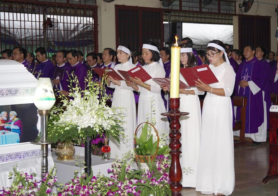 Thánh lễ an táng Cha Giuse Trần Ngọc Tâm - Chánh xứ Xuân Đức - Ảnh minh hoạ 21
