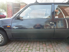 Photo: Passenger Door on Renault 5