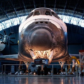 Space Shuttle Discovery by Werner Ennesser - Transportation Airplanes ( space shuttle discovery,  )