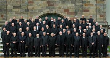 Gruppenbild Bischöfe.jpg