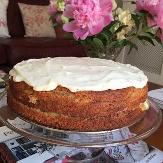 Hummingbird Style Cake