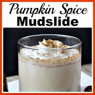 Pumpkin Spice Mudslide- Easy Homemade Alcoholic Drink.