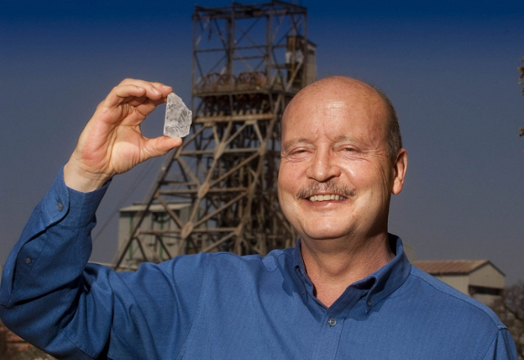 Former Petra Diamonds CEO Johan Dippenaar poses with the Cullinan Heritage diamond.