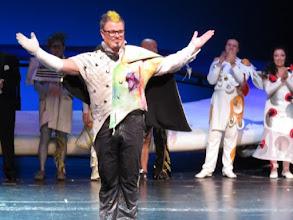 """Photo: FÜSSEN in Allgäu: Gastspiel der Nationaloper Sofia mit Wagners """"Ring"""" (12. bis 18. September 2015. Schlussapplaus nach """"Das Rheingold. Copyright: Dr. Klaus Billand"""