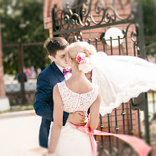 Wedding photographer Oksana Orlovskaya (oxana777m). Photo of 18.08.2014