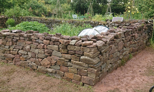 Dry stone Wall in Wye Vallet