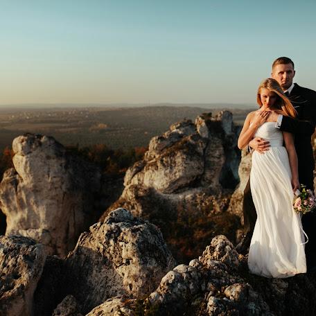 Wedding photographer Olgierd Tybinkowski (OlgierdTybinkow). Photo of 17.12.2017