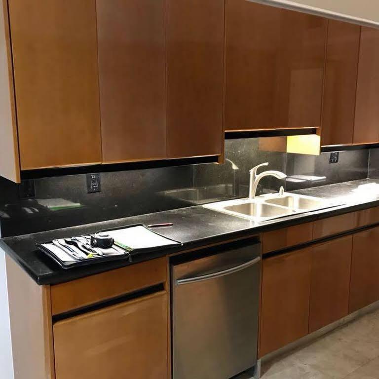 M&E KITCHEN CABINETS ,INC - Kitchen Remodeler,Bathroom ...