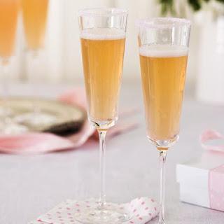 Wedding Belles Cocktail.