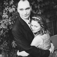 Wedding photographer Elena Zayceva (Zaychikovna). Photo of 02.01.2014