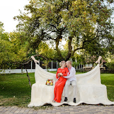 Wedding photographer Olga Manokhina (fotosens). Photo of 01.10.2018