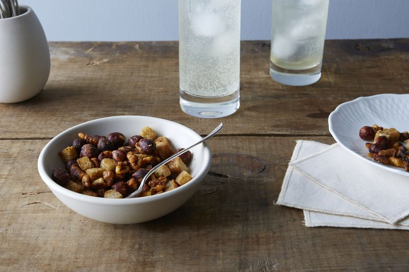 Meet the spiced nut mixes of your dreams