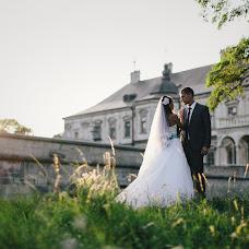 Wedding photographer Taras Tuchapskiy (Tuchapskyy). Photo of 18.12.2013