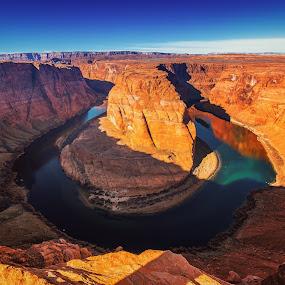 Horseshoe Bend by Matthew Clausen - Landscapes Caves & Formations ( arizona, iconic, unique, grand canyon, monument, horseshoebend, travel, landscape, morning,  )