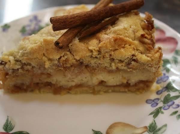 No Mess Delicious Apple Cake Recipe
