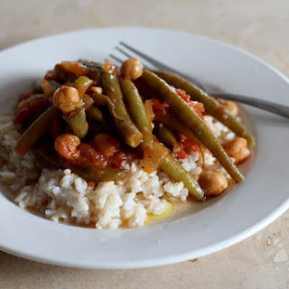 Lebanese-Style Stewed Green Beans with Chickpeas (Loubieh Wa Hommus).