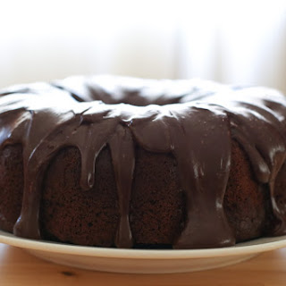 Hershey's Perfect One Bowl Chocolate Cake {traditional and gluten free recipes}.