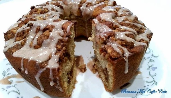 ~ Banana Nut Coffee Cake ~ Recipe