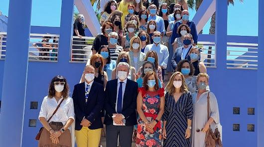 Homenaje a las enfermeras referentes de Almería por su trabajo en el curso