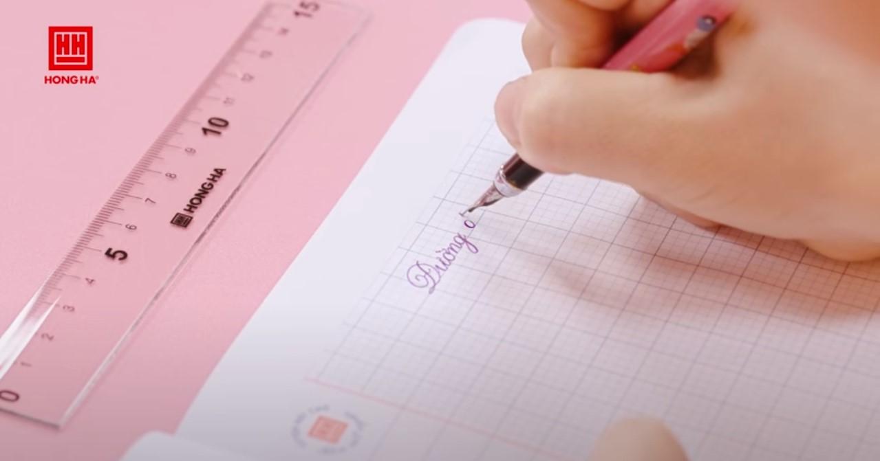 Thứ tự các bước để cầm bút đúng cách cầm bút viết chữ đẹp đúng chuẩn
