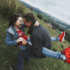 Wedding photographer Vladislav Ziynich (iphoto2016). Photo of 24.04.2016