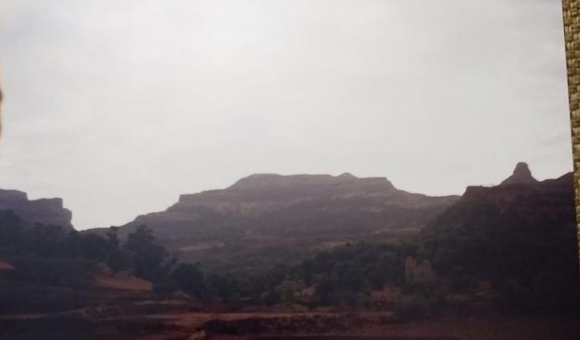 रतनगड छायाचित्र रतनवाडी मधुन