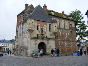 Photo: A well-known symbol of the town is La Lieutenance, what remains of the former 16th century home of the king's governor of the region.