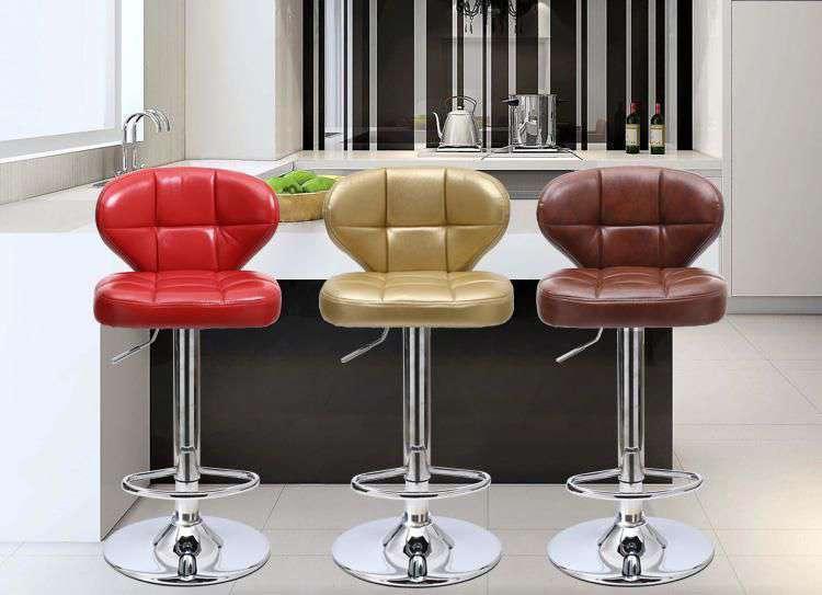 Nên sử dụng loại ghế quầy bar có thể thay đổi được độ cao