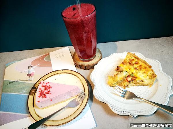 青埔美食|Puzzle coffee去你的咖啡(青埔咖啡廳)/高鐵附近咖啡廳鹹派手作甜點下午茶