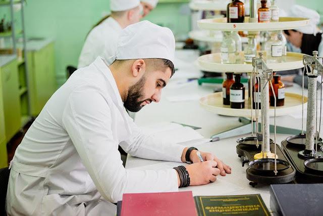 У студентів-фармацевтів ЗДМУ розпочалися державні іспити