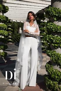 Свадебный брючный костюм невесты 2018  98 фото женских костюмов 62a83ff3ed4